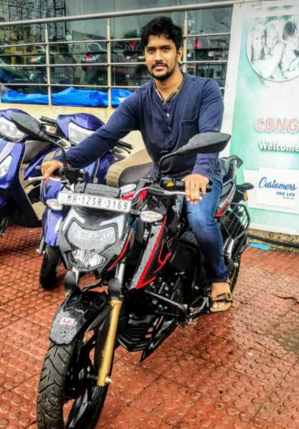 Sumit Kanegaonkar